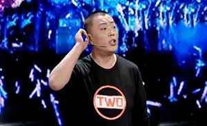 西安二哥马腾翔吐槽明星假唱、假表演!台上直怼大张伟和王自健