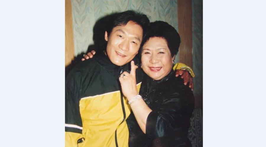著名单弦表演艺术家马增蕙去世,享年85岁,儿子谢东 谢东 马增蕙 单弦 名家堂  第1张